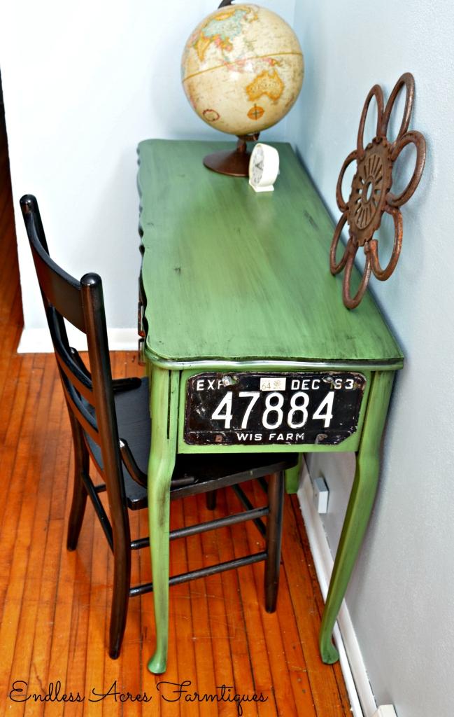 Green desk makeover www.endlessacresfarmtiques.com